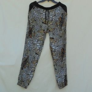 Walter Baker Leopard Print Pants With Pockets XL